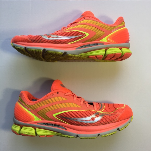saucony shoes size 3